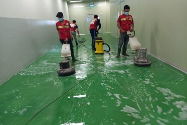 Vệ sinh sàn epoxy nhà xưởng phòng sạch