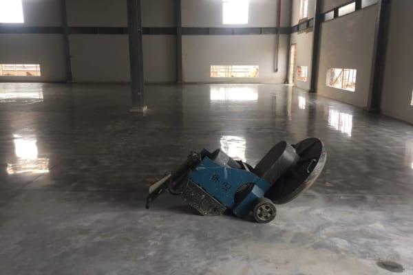 Sàn bê tông được đánh bóng sạch sẽ tại Binhduongco