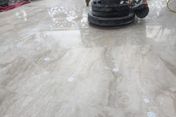Binhduongco cung cấp dịch vụ đánh bóng sàn Granite chất lượng, giá hợp lý