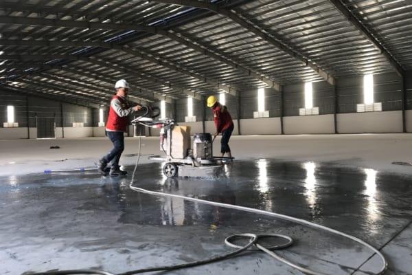 Thi công đánh bóng sàn bê tông công nghiệp