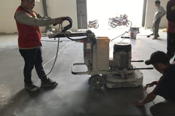 Binhduongco có hỗ trợ đầy đủ máy móc để thi công tăng cứng sàn hiệu quả