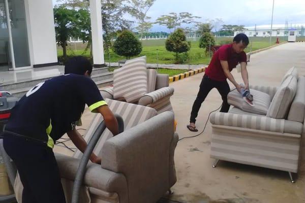 Dịch vụ giặt ghế chuyên nghiệp tại Bình Dương