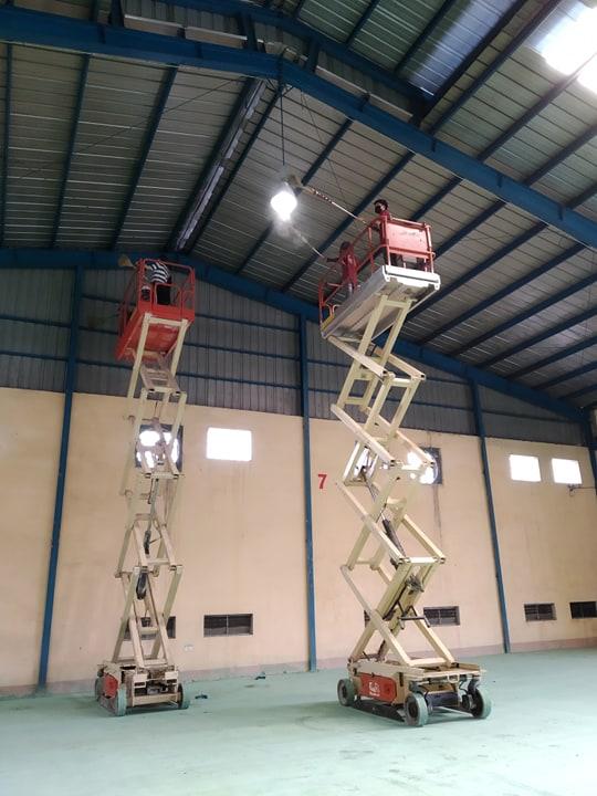 Dịch vụ quét mạng nhện giúp đảm bảo mỹ quan và sức khỏe của công nhân tại nhà xưởng