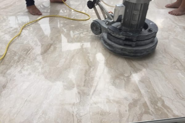 Binhduongco cung cấp dịch vụ vệ sinh, làm sạch sàn chuyên nghiệp