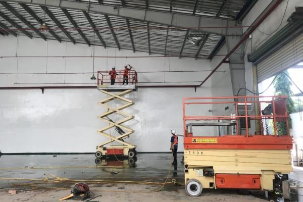 Làm sạch nhà xưởng giúp đảm bảo không gian được thoáng đãng, sạch sẽ