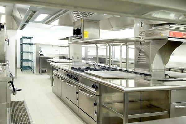 Vệ sinh bếp ăn công nghiệp uy tín